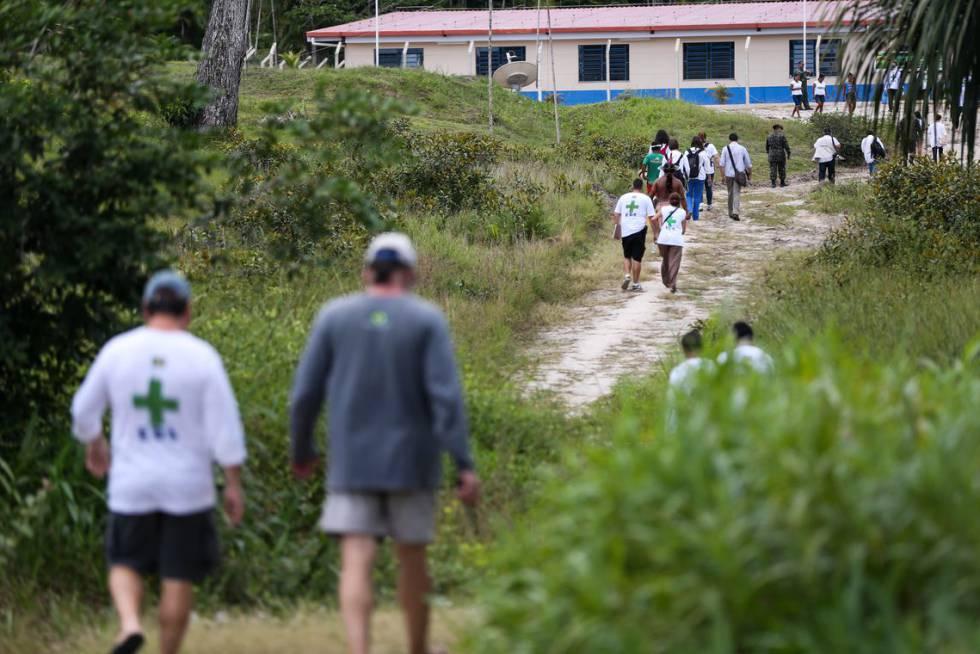 População da região do Alto Rio Negro, no Amazonas, recebe atendimento médico