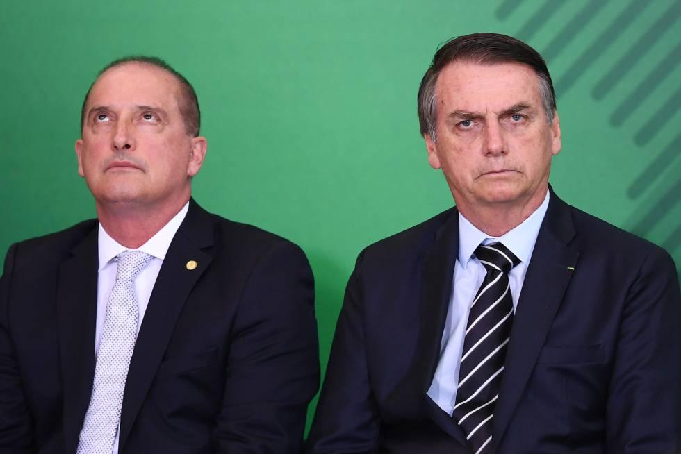 Ministro-chefe da Casa Civil, Onyx Lorenzoni, e o presidente Jair Bolsonaro no dia 2 de janeiro em Brasília.