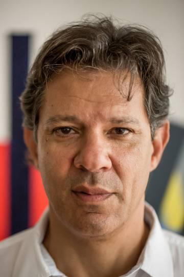 Fernando Haddad em sua casa em São Paulo.