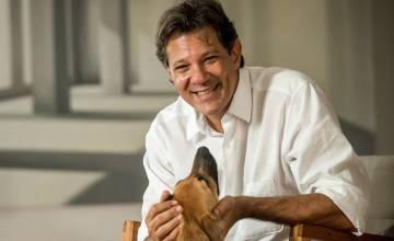 Fernando Haddad, excandidato del PT a la presidencia de Brasil, en su casa de São Paulo