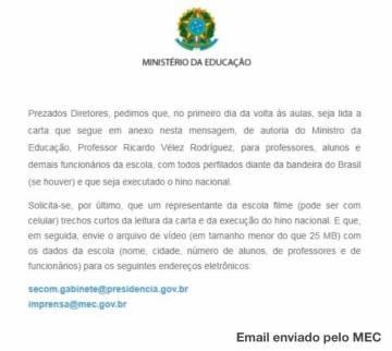 MEC envia slogan de campanha de Bolsonaro para ser lido em todas as escolas