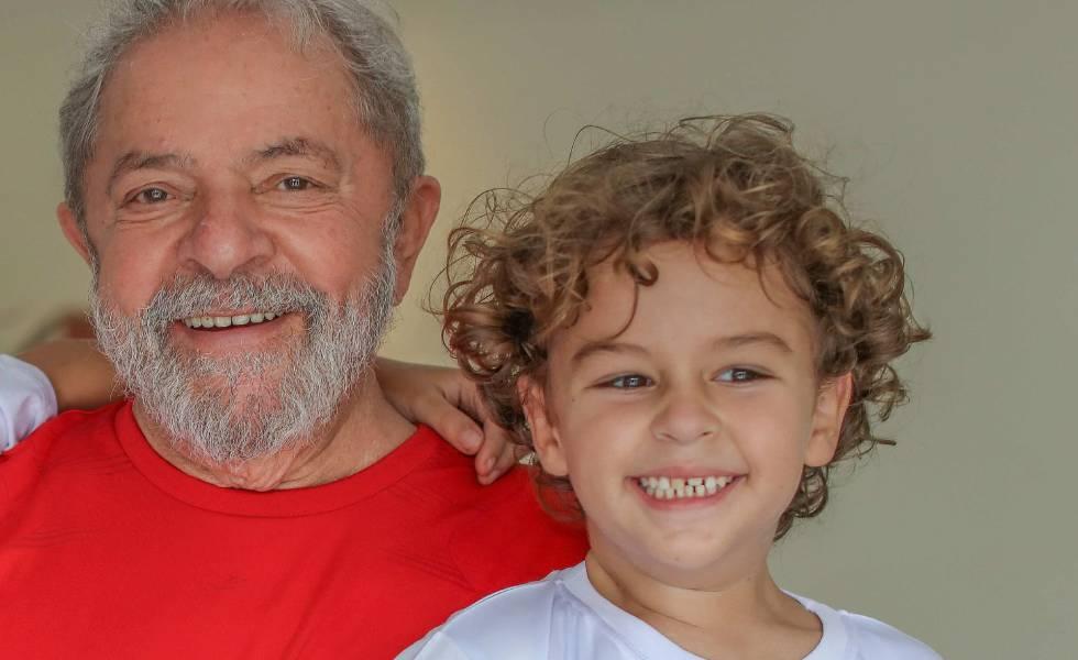 Morre neto do ex-presidente Lula de meningite