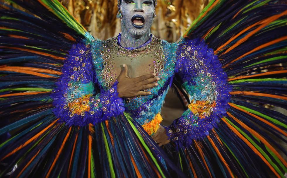 O samba como ritual, um ensaio na Sapucaí