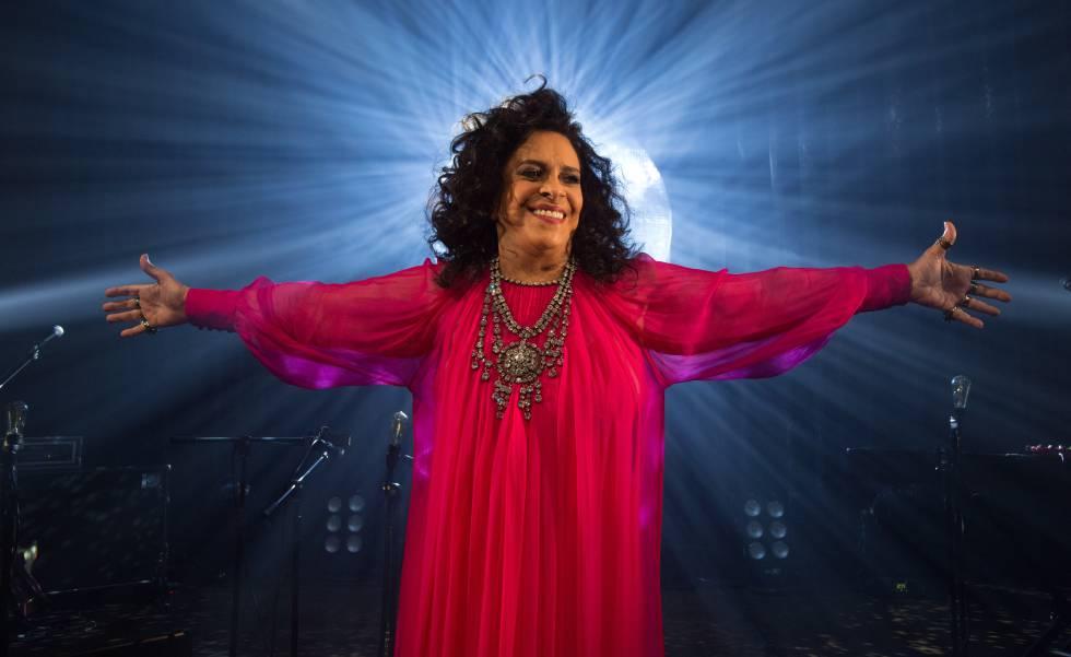 Gal Costa, durante a gravação do DVD 'A Pele do Futuro'.