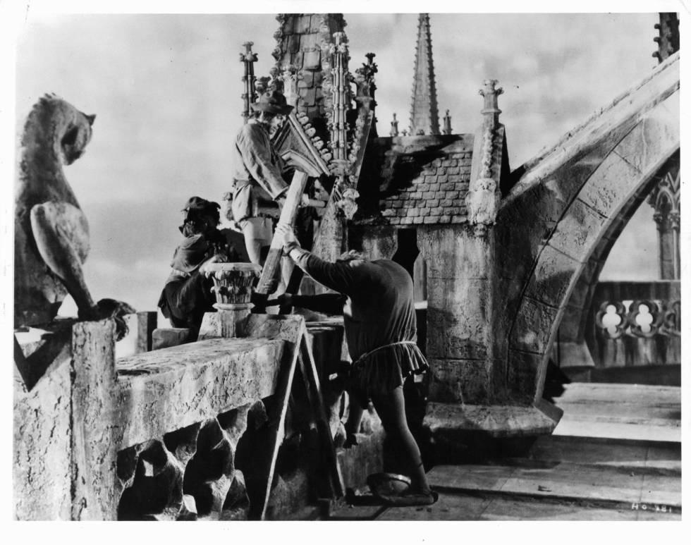Cena do filme 'O corcunda de Notre-Dame', de 1939.