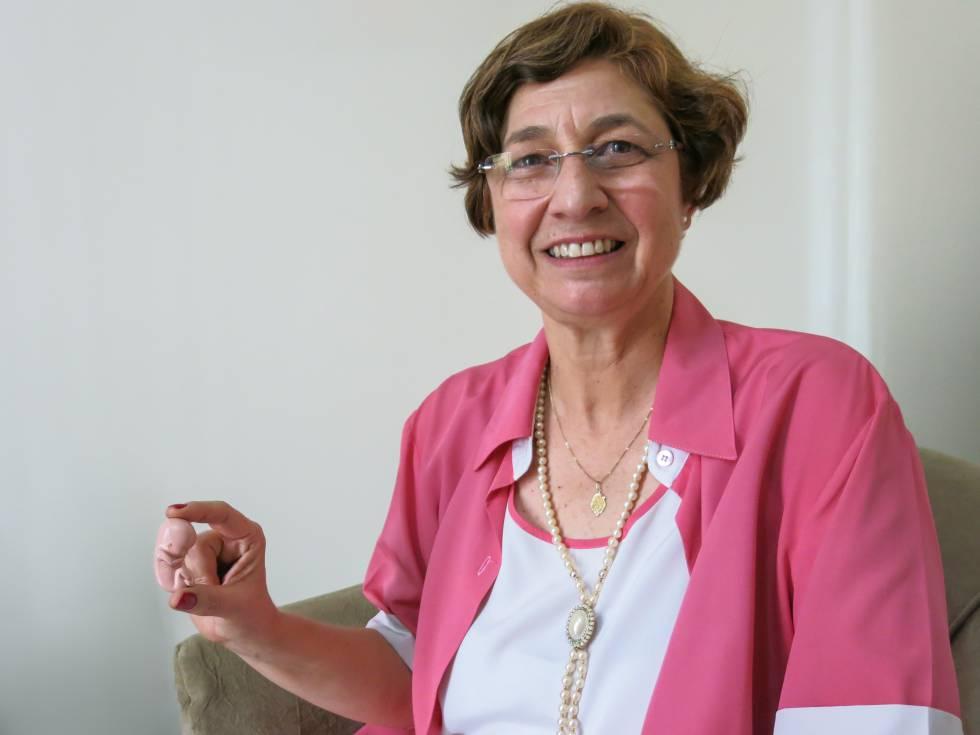 A farmacêutica Lenise Garcia, professora de microbiologia da UnB e presidente do grupo Brasil Sem Aborto.
