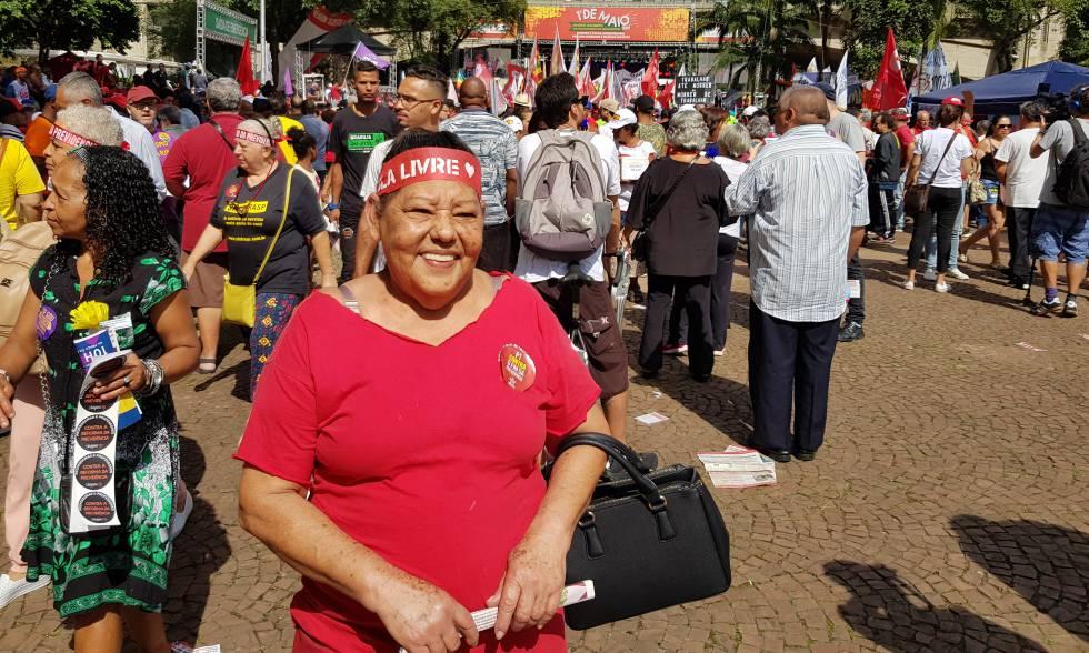Maria Creusa, 64, se considera