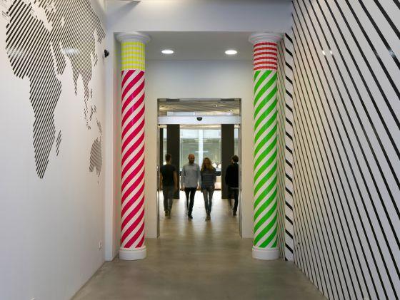 La escuela de moda felicidad duce se abre a otras for Escuelas de moda en barcelona
