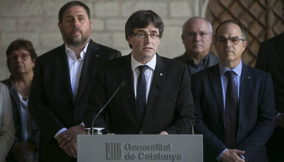 Intervenció de Carles Puigdemont al Palau de la Generalitat.