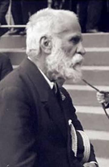 Antoni Gaudí el 1924, a la procesión de Corpus.