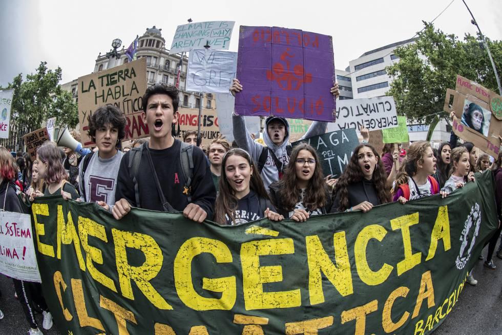 Manifestantes contra el cambio climático en Barcelona.