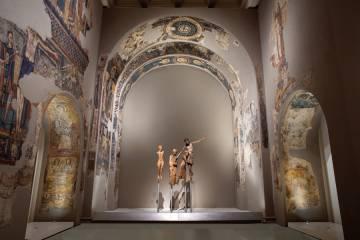 Una de les sales del MNAC dedicada al romànic.