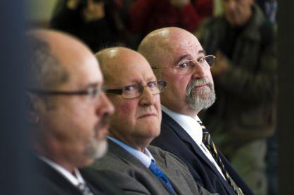 Víctor Manuel Lorenzo Acuña, Josep Maria Servitje y Ignasi Farreras, en un juicio en la Audiencia de Barcelona, por encargar informes plagiados. / GIANLUCA BATTISTA