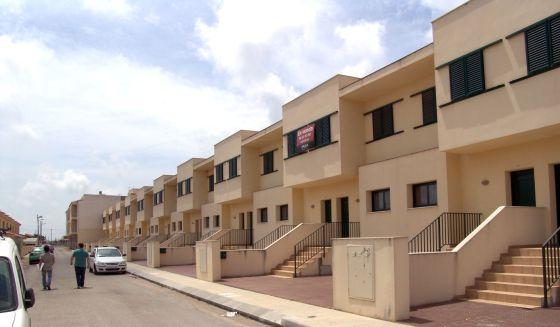 Se vende piso por euros catalu a el pa s for Pisos banco sabadell