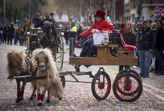 Sant andreu celebra la fiesta de los tres tombs catalu a - Barrio de sant andreu ...
