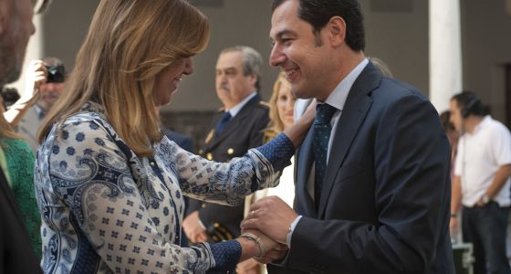 Susana Díaz with Juan Manuel Moreno Bonilla, the PP's leader in Andalusia, last July.