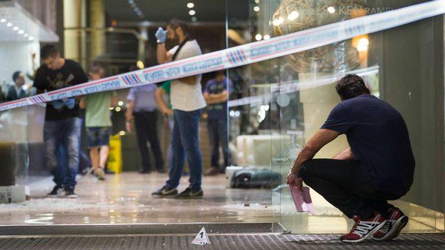 Imagens do tiroteio em Barcelona.