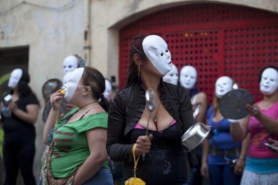 putas lesbianas prostitutas raval barcelona