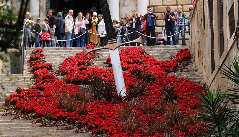 Girona se viste de flores catalu a el pa s for Escaleras juego de tronos