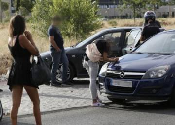 prostitutas embarazadas en madrid prostitutas poligono la cantueña