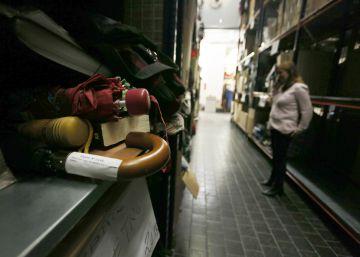 Noticias sobre objetos perdidos el pa s for Oficina objetos perdidos madrid