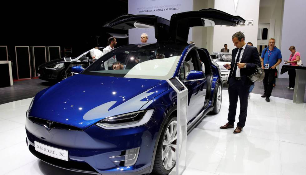 Elon musk tesla to set up its spain headquarters in barcelona in the seven seater tesla model x publicscrutiny Gallery