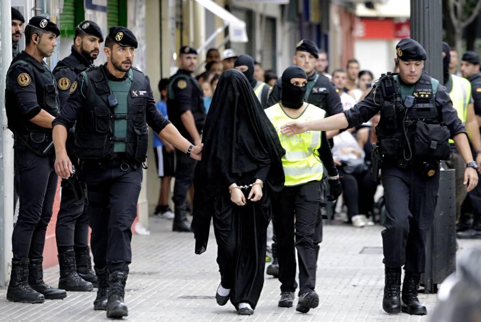 La joven de origen marroquí detenida hoy en Gandía (Valencia).
