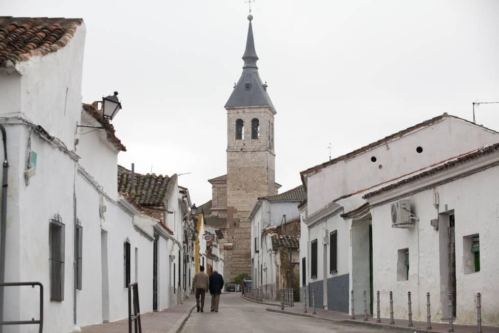 Un plan marshall para torres de la alameda madrid el pa s - Piscina torres de la alameda ...