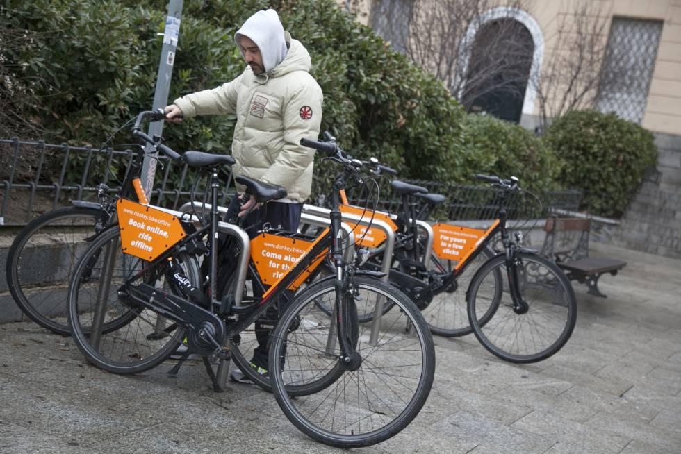 El negocio del alquiler de bicicletas se echa a la calle for Viviendas compartidas en madrid
