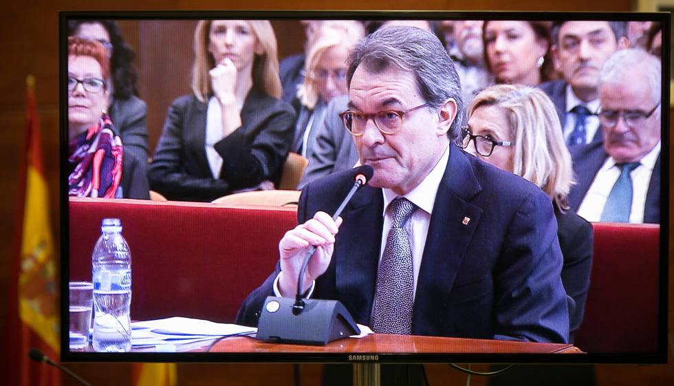 Artur Mas in court on Monday.