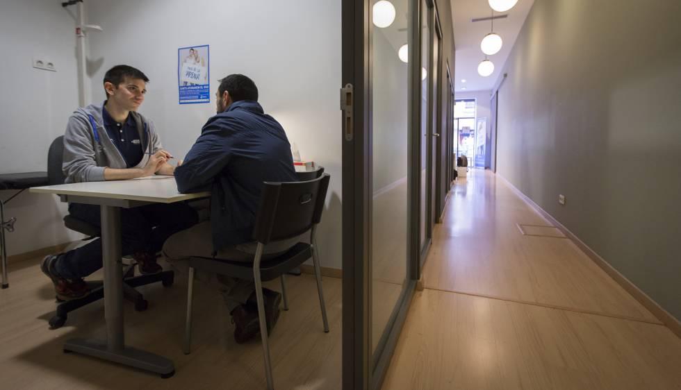 Barcelona incorpora el 'chemsex' por primera vez como un problema de salud pública