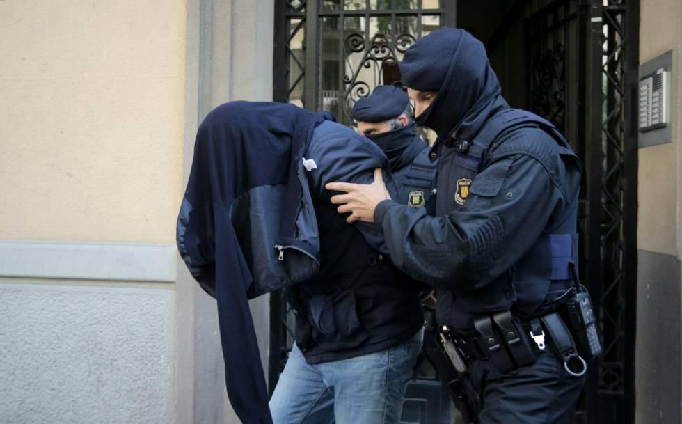 Barcelona: juez deja en libertad a otro de los detenidos