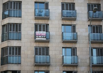 "Faced with soaring rents, Barcelona tenants unite to create a ""union"""