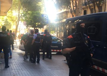 Police operation against Italian mafia in Barcelona nets 20 arrests