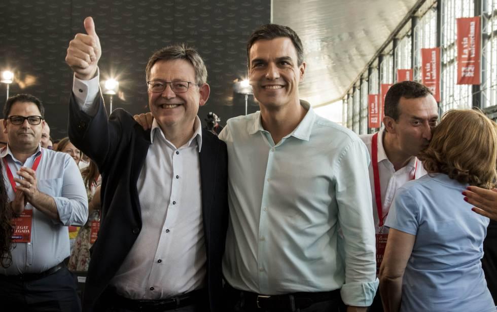 El presidente de la Generalitat, Ximo Puig, y el líder del PSOE, Pedro Sánchez, momentos antes de comenzar el congreso del PSPV.
