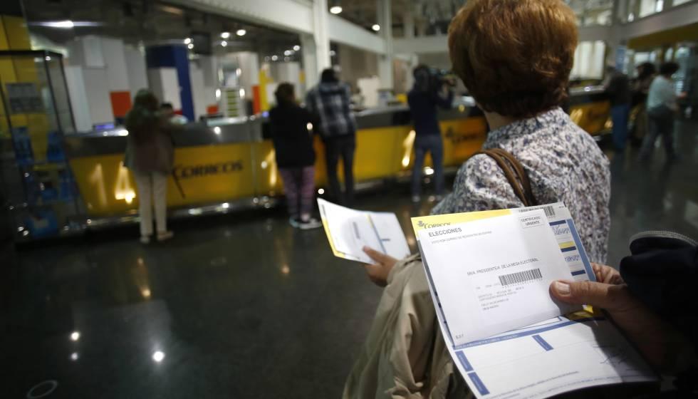 Asaltan a punta de pistola la oficina de correos de caldes for Oficina correus barcelona