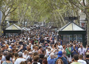 Barcelona's tourist sector cautiously optimistic after terror attacks