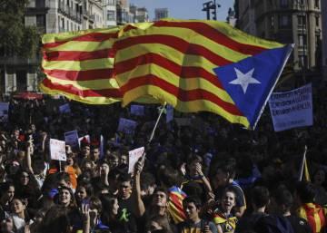 Manifestación de estudiantes frente al Palau de la Generalitat