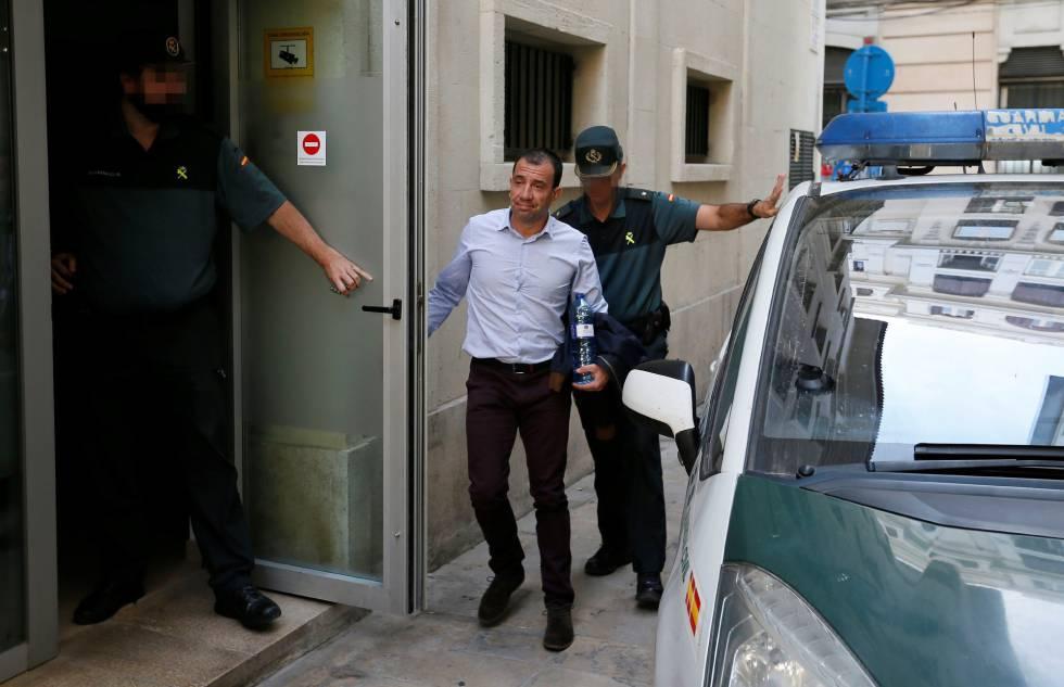 El guardia civil acusado de intentar matar con veneno a una compañera del cuerpo, a su marido y a su hijo de 3 años en Villajoyosa.