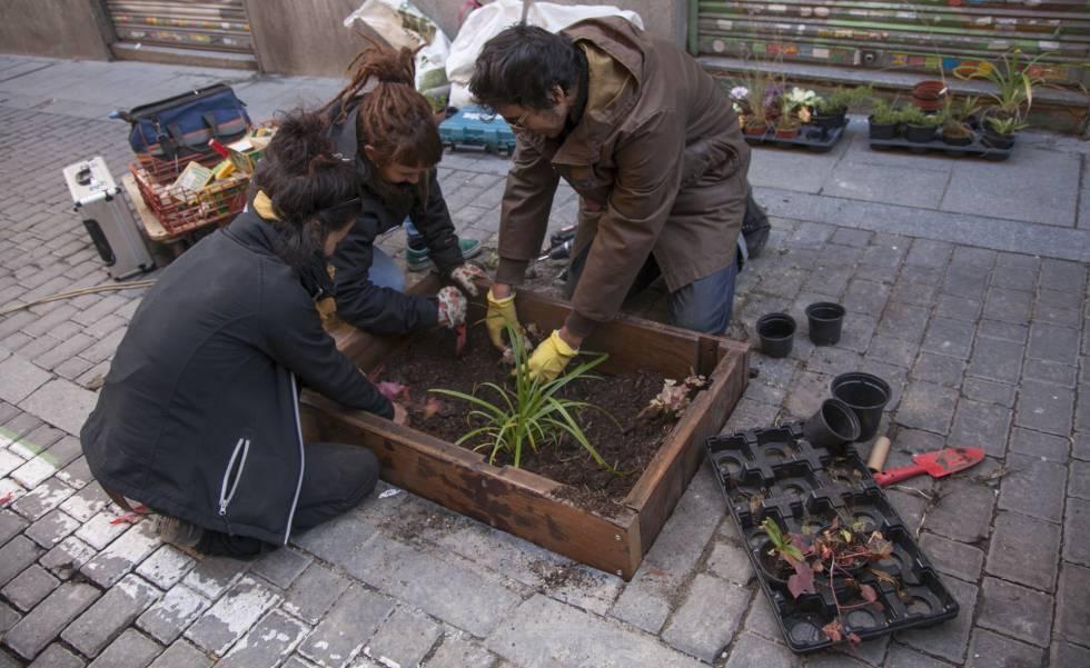 Los jardines m s peque os de la ciudad madrid el pa s - Jardineria en valencia ...