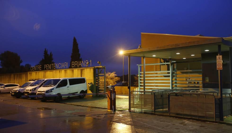 Entrada a la cárcel de Brians 1.