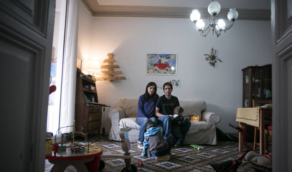 "Rental costs in Spain: Barcelona renters stuck in limbo: ""We don't"