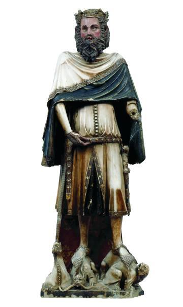 Escultura de Jaume Cascalls San Carlomagno, en el museo de la catedral de Girona (1345)