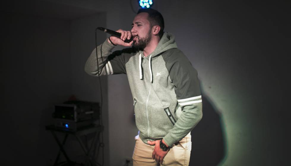 Valtonyc en un concierto sorpresa en el local Freedonia de Barcelona.