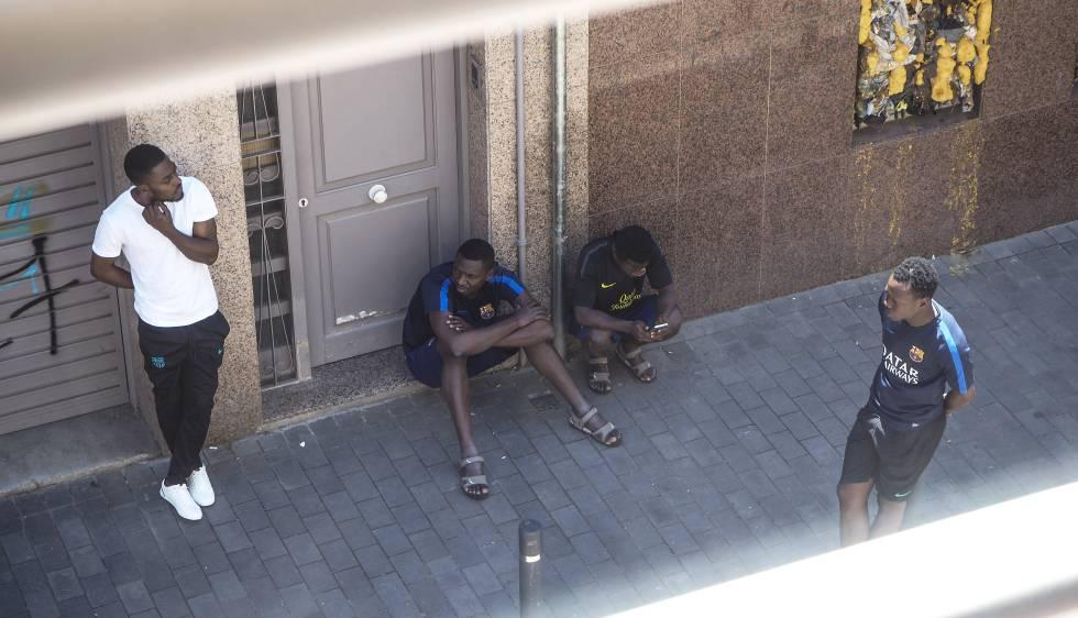 Discreción forzosa para los migrantes acogidos en Barcelona ...