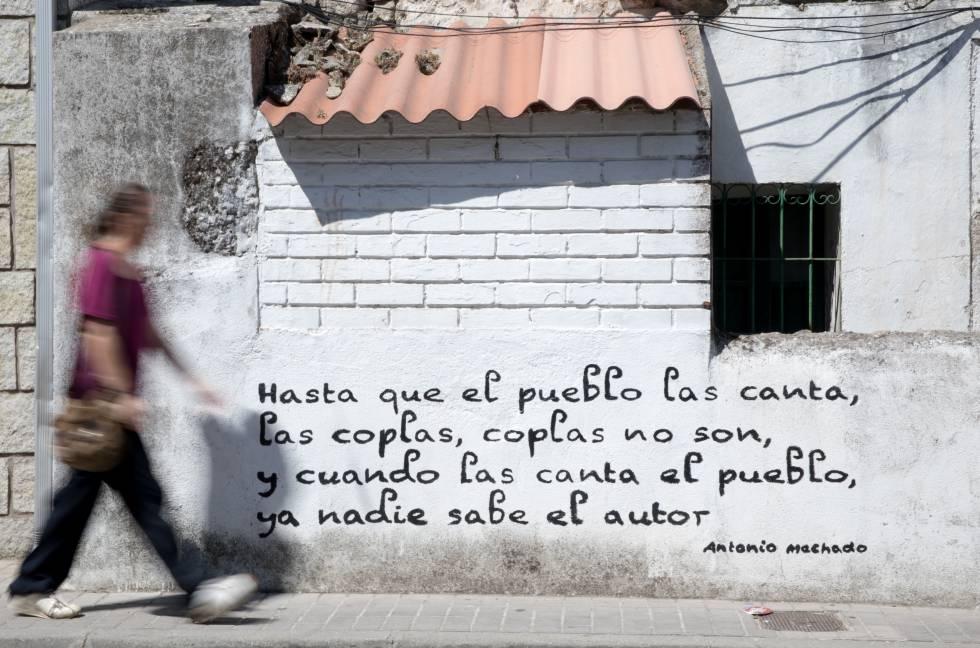 El Pueblo Donde Las Paredes Hablan Madrid El País