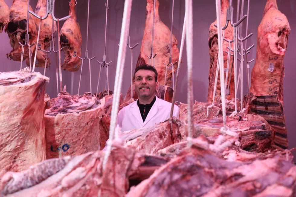 ALADINO JUAN GALVÁN . Junto a su hermano, Óscar Javier Juan Galván sirve carnes maduradas a restaurantes como DiverXO, La Taberna de Elia o Punto MX.
