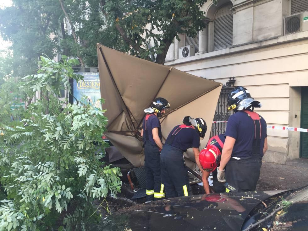 Tres heridos en Madrid tras arrollar un conductor ebrio la terraza de un bar