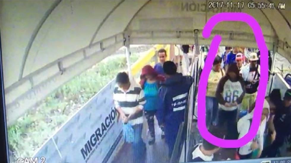 Foto inédita de una cámara de seguridad que captó el momento en que Antonio Ledezma cruza la frontera entre Venezuela y Colombia el día de su huida, 17 de noviembre de 2017.