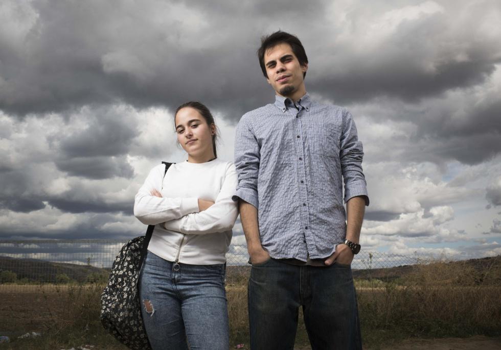 Almudena Pérez, de 17 años, y Gabriel Garretas, de 24, en Torremocha.